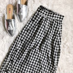 WHOWHATWEAR black+white gingham elastic waist midi